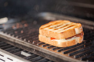 how-to-clean-and-maintain-sandwich-grill